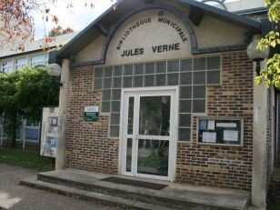 La Bibliothèque Jules Verne 2