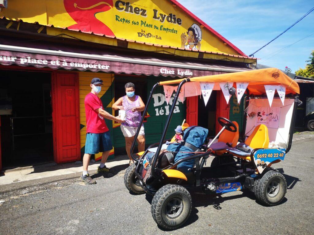 Carnet de voyage : Un pompier d'Epinay-Sous-Sénart fait le tour de La Réunion en rosalie 11