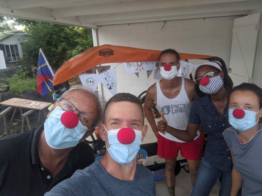 Carnet de voyage : Un pompier d'Epinay-Sous-Sénart fait le tour de La Réunion en rosalie 40