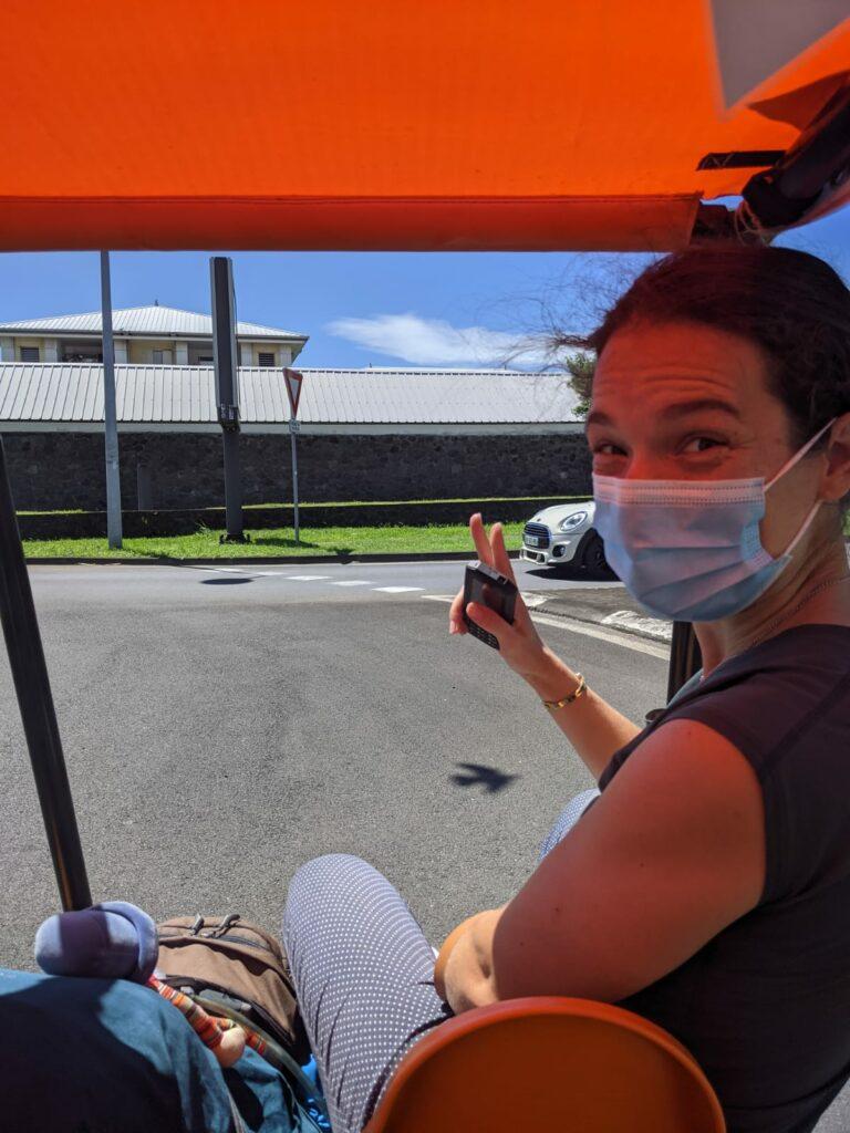 Carnet de voyage : Un pompier d'Epinay-Sous-Sénart fait le tour de La Réunion en rosalie 49