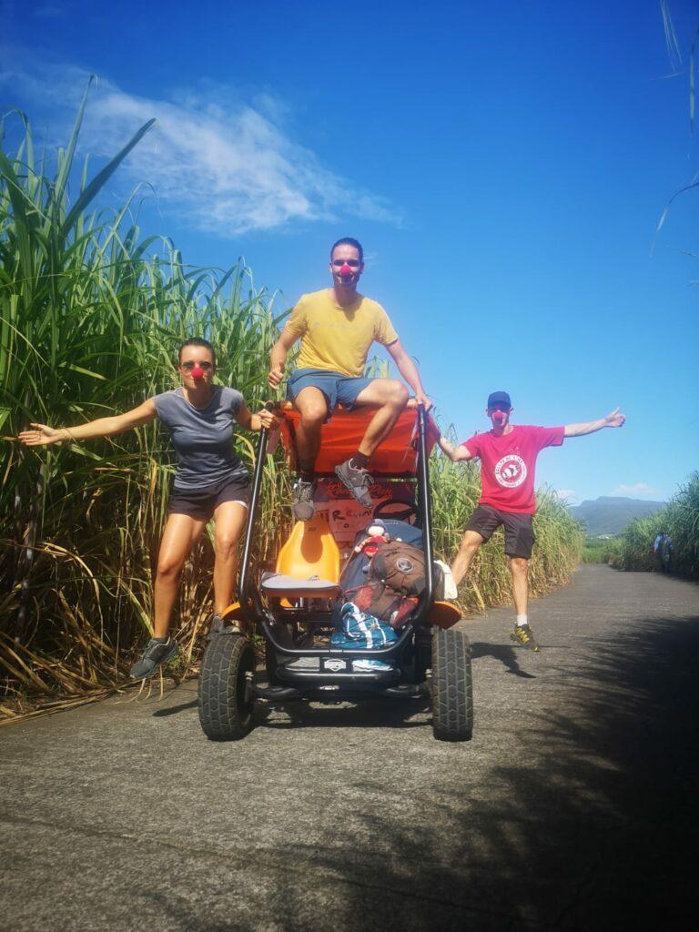 Carnet de voyage : Un pompier d'Epinay-Sous-Sénart fait le tour de La Réunion en rosalie 50