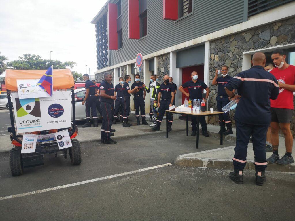 Carnet de voyage : Un pompier d'Epinay-Sous-Sénart fait le tour de La Réunion en rosalie 58