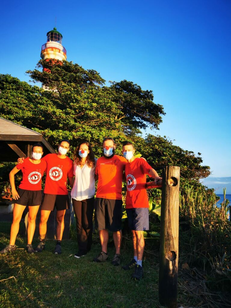 Carnet de voyage : Un pompier d'Epinay-Sous-Sénart fait le tour de La Réunion en rosalie 63
