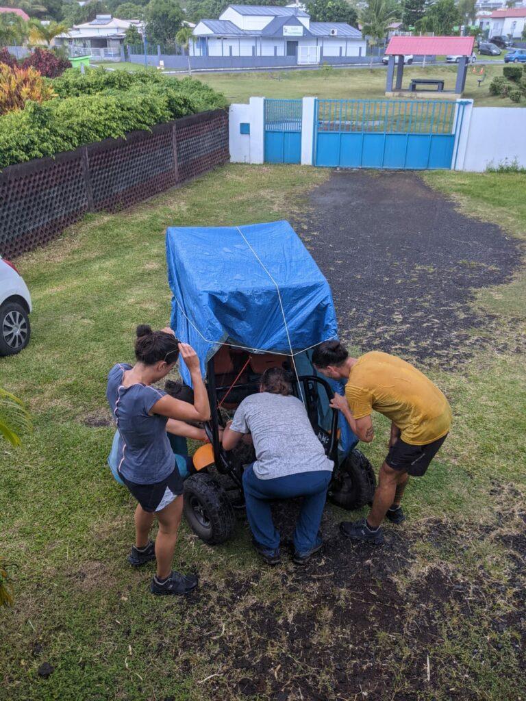 Carnet de voyage : Un pompier d'Epinay-Sous-Sénart fait le tour de La Réunion en rosalie 31