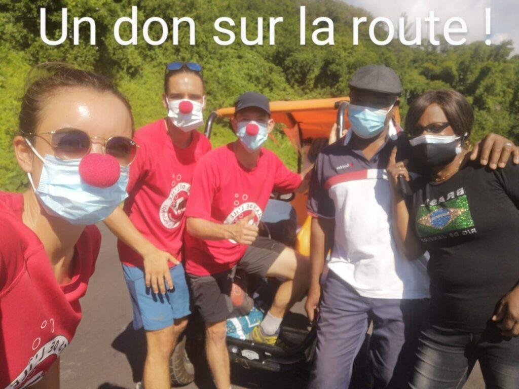 Carnet de voyage : Un pompier d'Epinay-Sous-Sénart fait le tour de La Réunion en rosalie 43