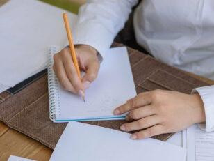Ecrivain public : de nouvelles permanences au PAD 8